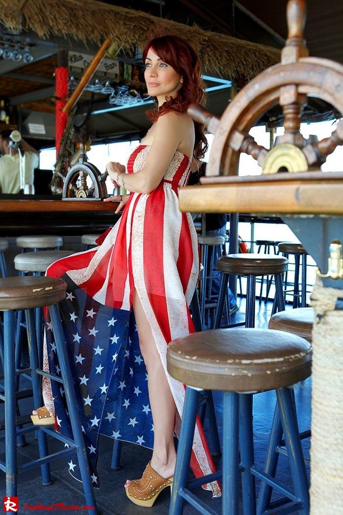 Redhead Illusion - Fashion Blog by Menia - Next exit: American Dream - Denny Rose Dress - H&M Clogs-04
