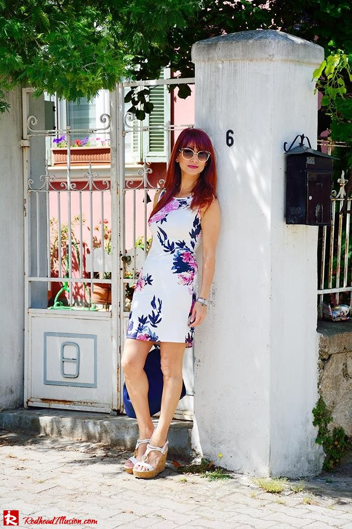 Redhead Illusion - Fashion Blog by Menia - Flower Explosion - Dresslink Sleeveles Floral Dress-08