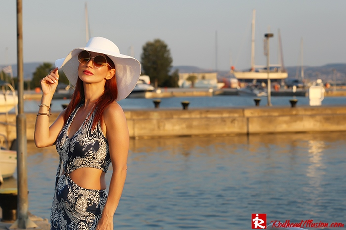 Redhead Illusion - Fashion Blog by Menia - Back to Romance...! - Ethereal Dress - H&M Hat - 70's Style-04