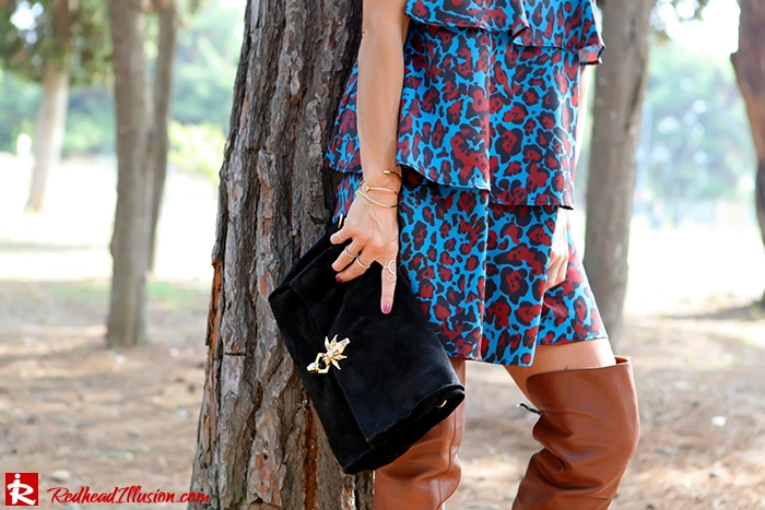 Redhead Illusion - Fashion Blog by Menia - Fall in Ruffles - Denny Rose Dress - Zara Bag - Over the knee Boots-07