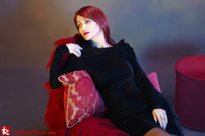 Redhead Illusion - Fashion Blog by Menia - Festive Nights-2 - Velvet Dress-02
