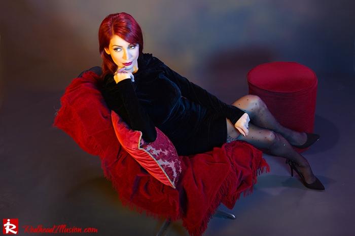 Redhead Illusion - Fashion Blog by Menia - Festive Nights-2 - Velvet Dress-04