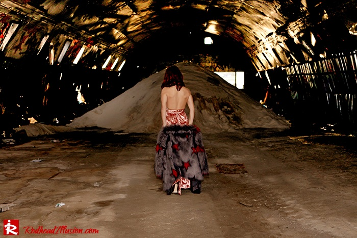 Redhead Illusion - Fashion Blog by Menia - So old so new - Missguided Dress-08