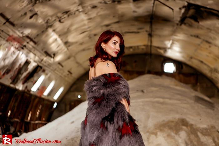 Redhead Illusion - Fashion Blog by Menia - So old so new - Missguided Dress-09