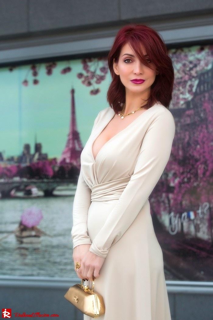 Redhead Illusion - Fashion Blog by Menia - Mind Trap - Lulus Maxi - Dress - Suzy Smith Clutch-02