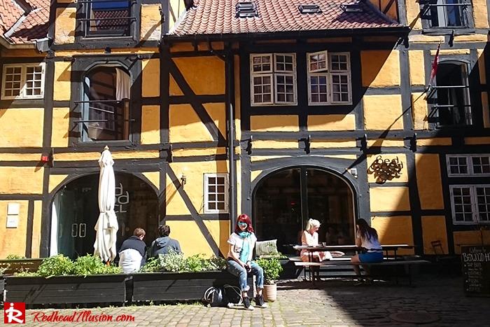 Redhead Illusion - Fashion Blog by Menia - Escape to Copenhagen-04