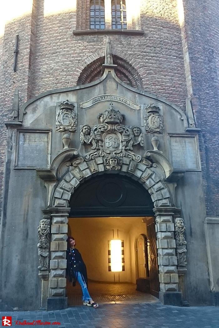 Redhead Illusion - Fashion Blog by Menia - Escape to Copenhagen-11