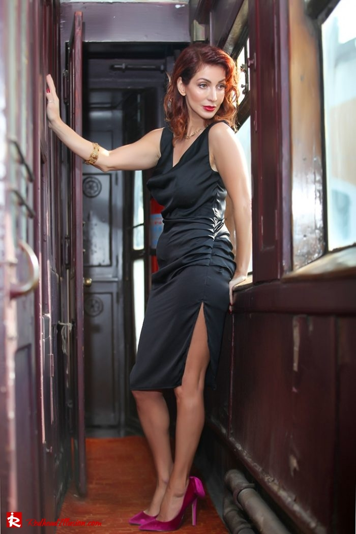 Redhead Illusion - Fashion Blog by Menia - A sense from the past - Orient Express - Missguided Pumps-07