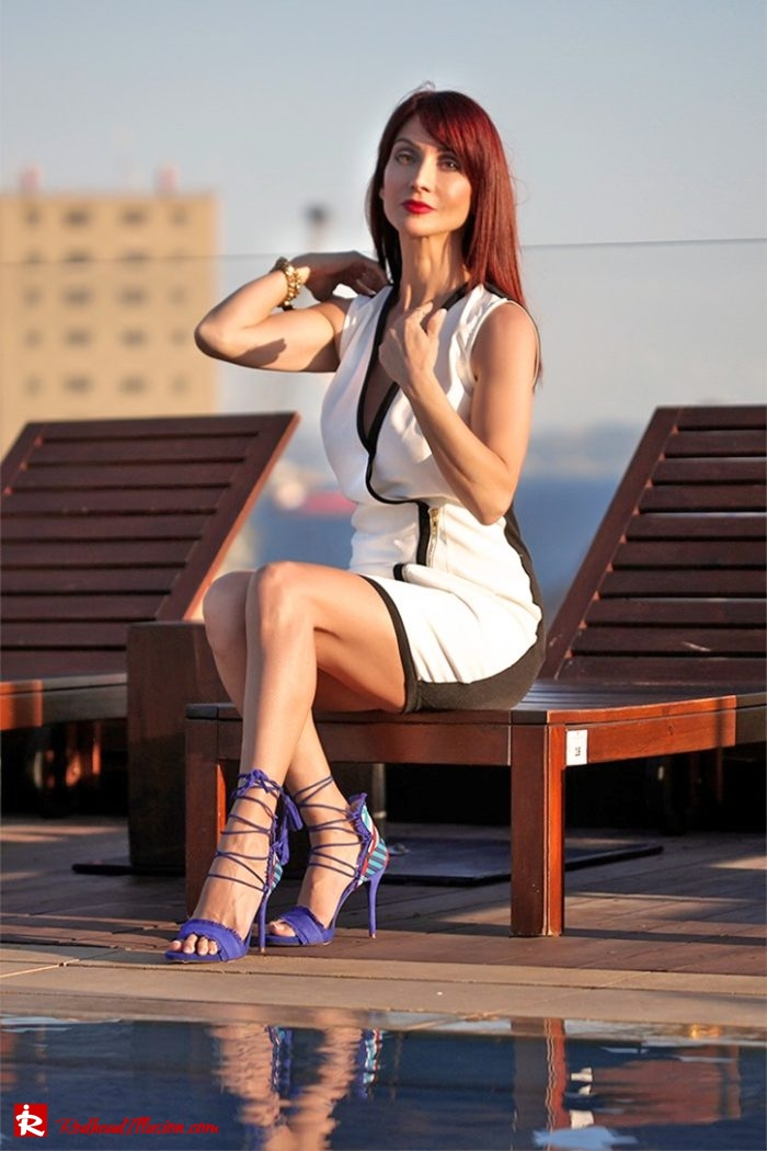 Redhead Illusion - Fashion Blog by Menia - Editorial - Beside a pool - Missguided Dress - Jessica Simpson Heels-02