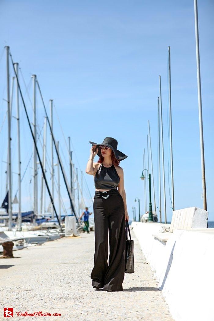Redhead Illusion - Fashion Blog by Menia - Editorial - City - Total Black-03