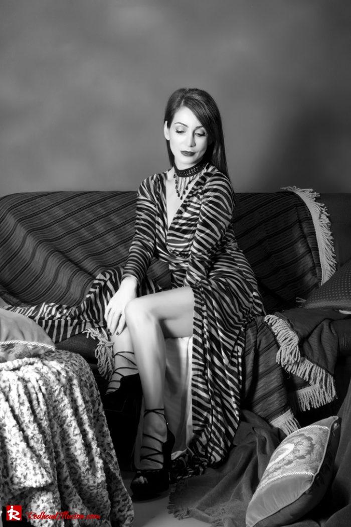 Redhead Illusion - Fashion Blog by Menia - Editorial - Fab-wrap - Toi-Moi Dress-04