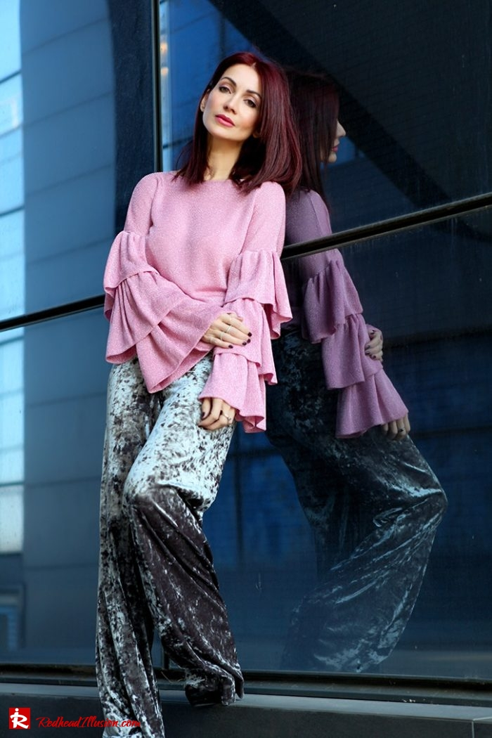 Redhead Illusion - Fashion Blog by Menia - Editorial - Fade to grey - Zara Velvet Pants - Denny Rose Blouse-03