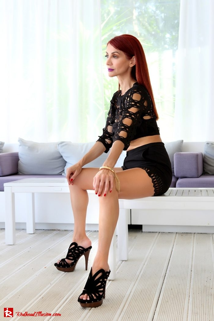 Redhead Illusion - Fashion Blog by Menia - Editorial - Laser Cut - Shorts - Mules - Crop Top-03