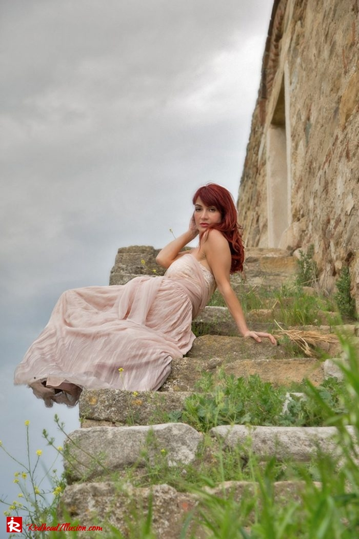 Redhead Illusion - Fashion Blog by Menia - Editorial - Your own Fairytale - Ethereal Skirt - Lace Top - Elegant Outfit-03