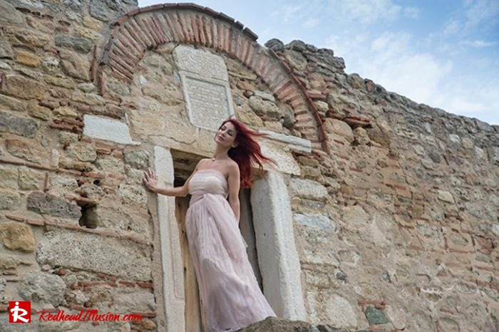 Redhead Illusion - Fashion Blog by Menia - Editorial - Your own Fairytale - Ethereal Skirt - Lace Top - Elegant Outfit-05