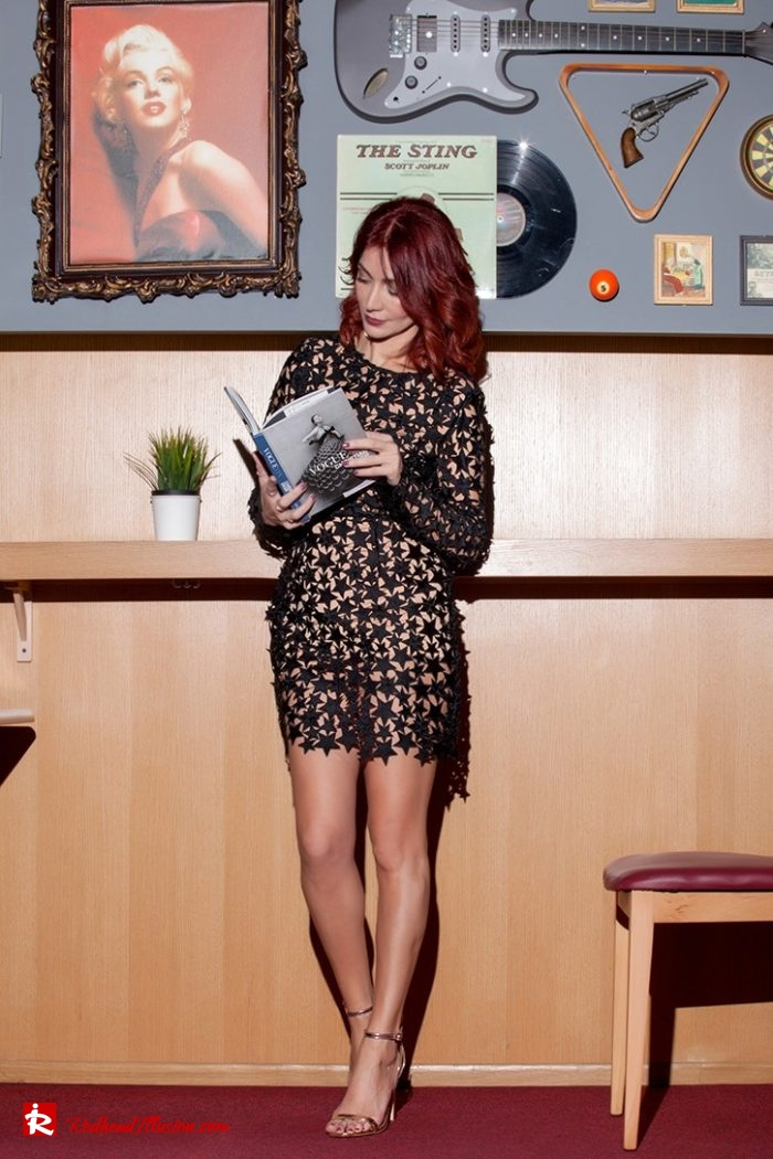Redhead Illusion - Fashion Blog by Menia - All the stars on me - Missguided mini lace dress-06