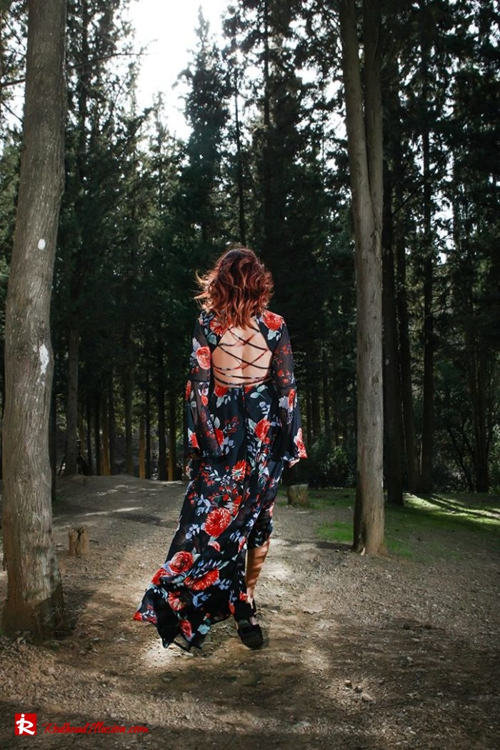 Redhead Illusion - Fashion Blog by Menia - Lost in the forest - Lulus dress-10