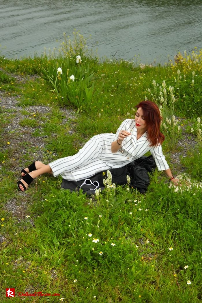 Redhead Illusion - Fashion Blog by Menia - Back to stripes - Asos Jumpsuit-05
