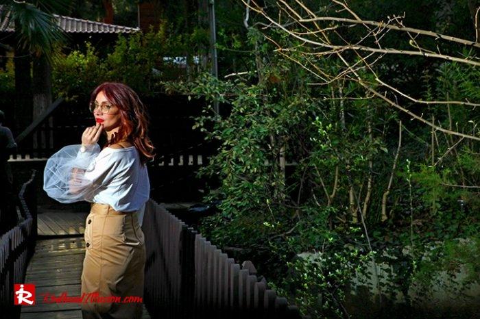Redhead Illusion - Fashion Blog by Menia - Some skirts go everywhere - Denny Rose Blouse-03
