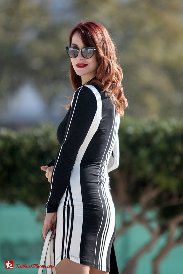 Redhead Illusion - Fashion Blog by Menia - Vertical Striped Dresses-05