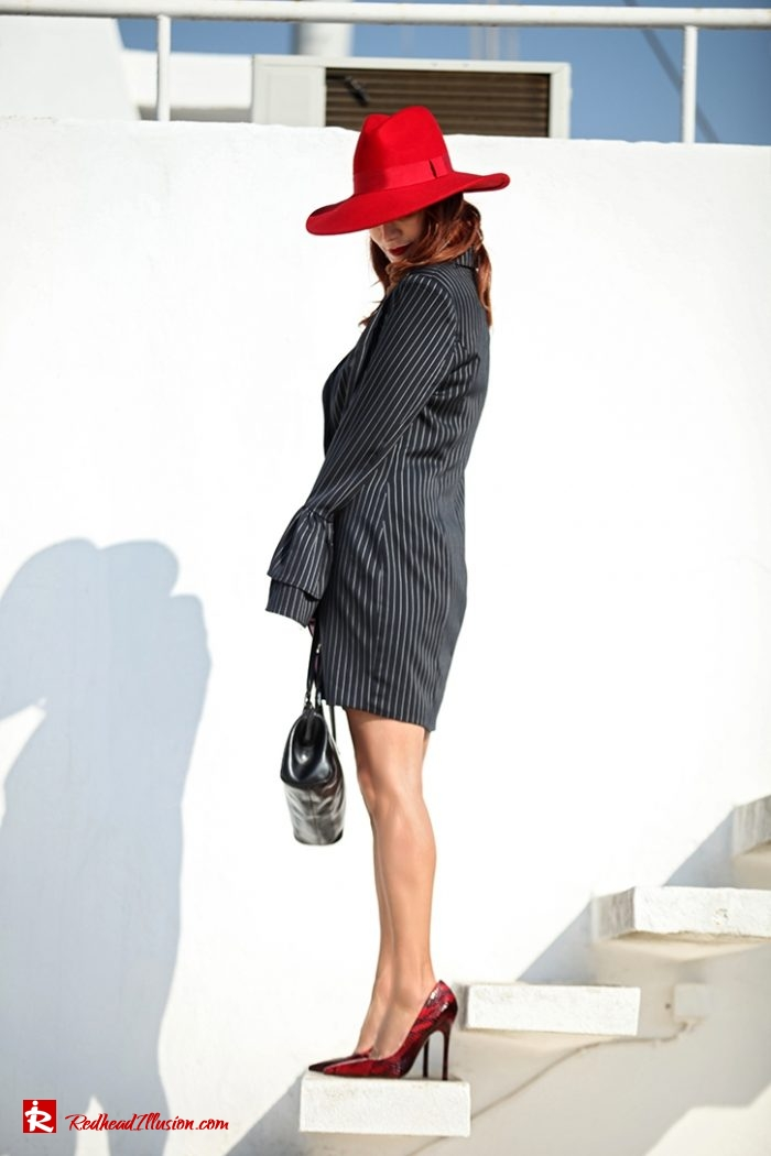 Redhead Illusion - Fashion Blog by Menia - Vertical Striped Dresses-11