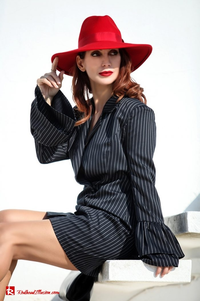 Redhead Illusion - Fashion Blog by Menia - Vertical Striped Dresses-14