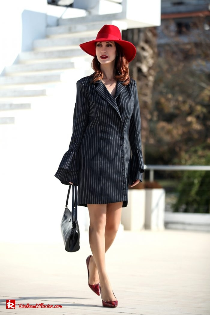 Redhead Illusion - Fashion Blog by Menia - Vertical Striped Dresses-16