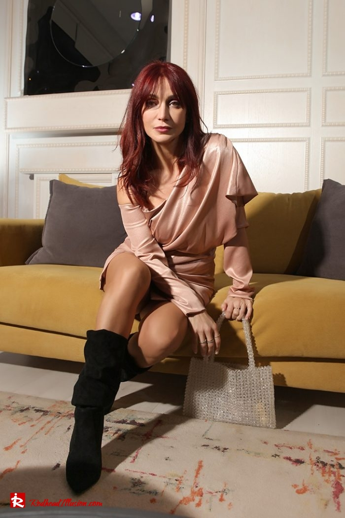 Redhead Illusion - Fashion Blog by Menia - Metallic Mini Dress - Missguided Mini Metallic Dress-05