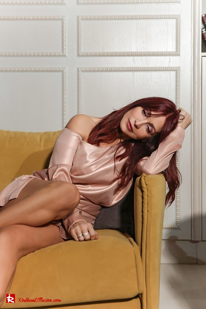 Redhead Illusion - Fashion Blog by Menia - Metallic Mini Dress - Missguided Mini Metallic Dress-08