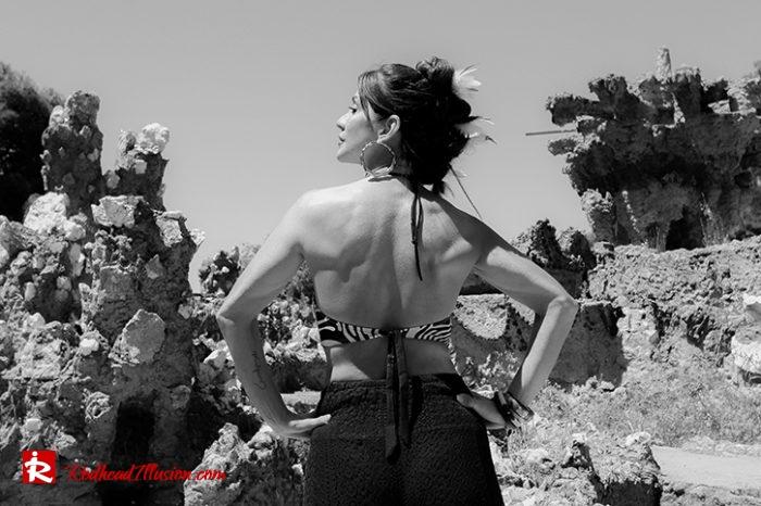 Redhead Illusion - Fashion Blog by Menia - Beach Crochet Pants-06