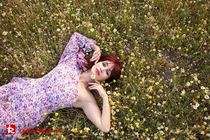Redhead Illusion - Fashion Blog by Menia - Dress with flowers-06