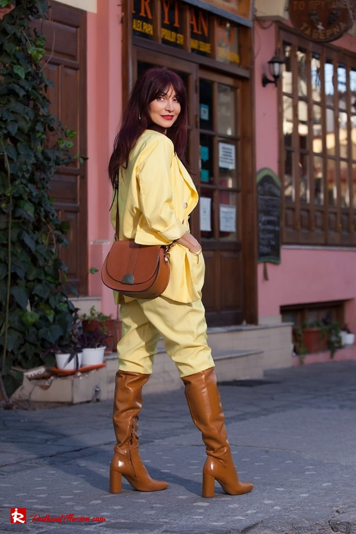 Redhead Illusion - Fashion Blog by Menia - Yellow Suit - Missguided-01-02