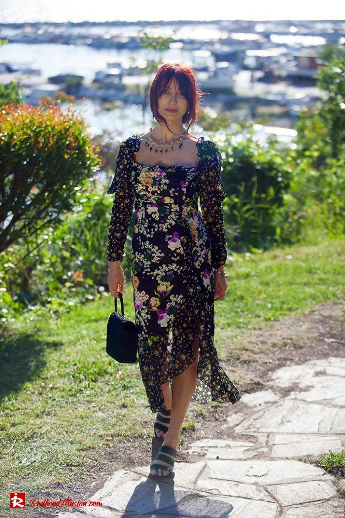 Redhead Illusion - Fashion Blog by Menia - Moderm Milkmaid Dress-01