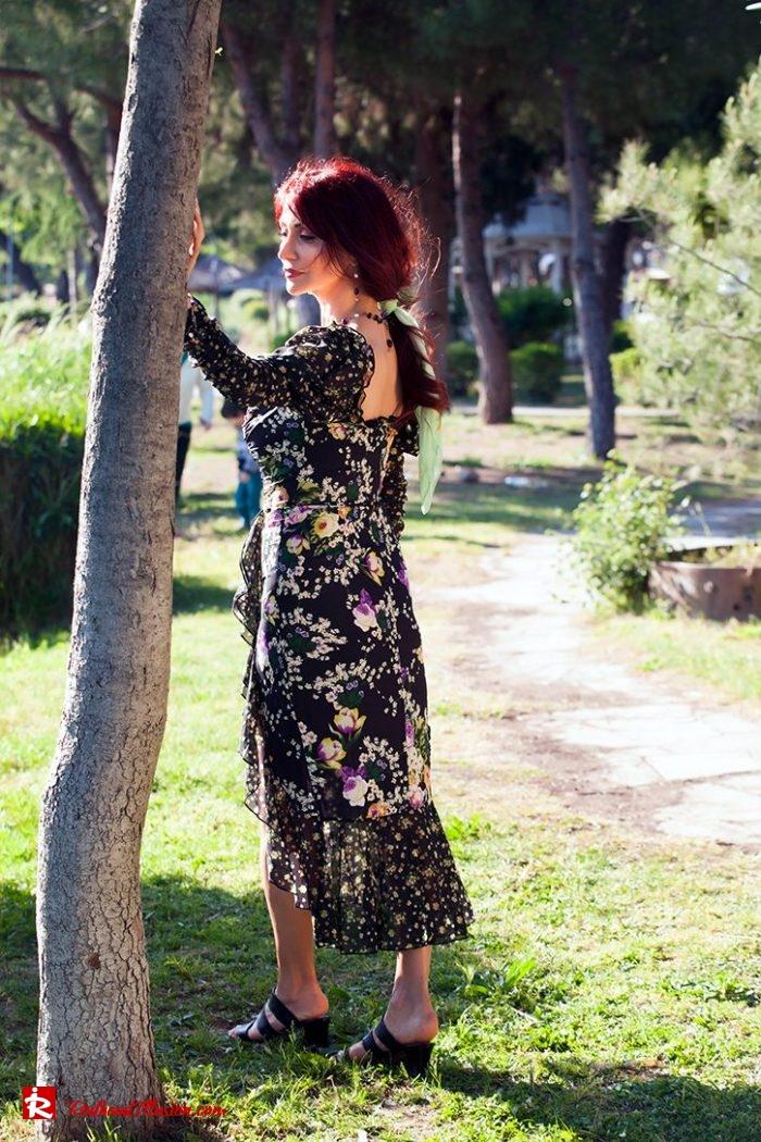 Redhead Illusion - Fashion Blog by Menia - Moderm Milkmaid Dress-04
