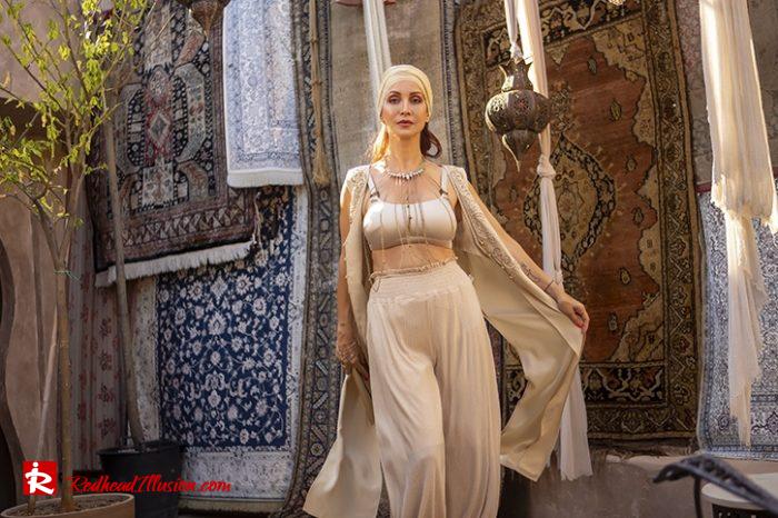 Redhead Illusion - Fashion Blog by Menia - Travel Through Your Style-03