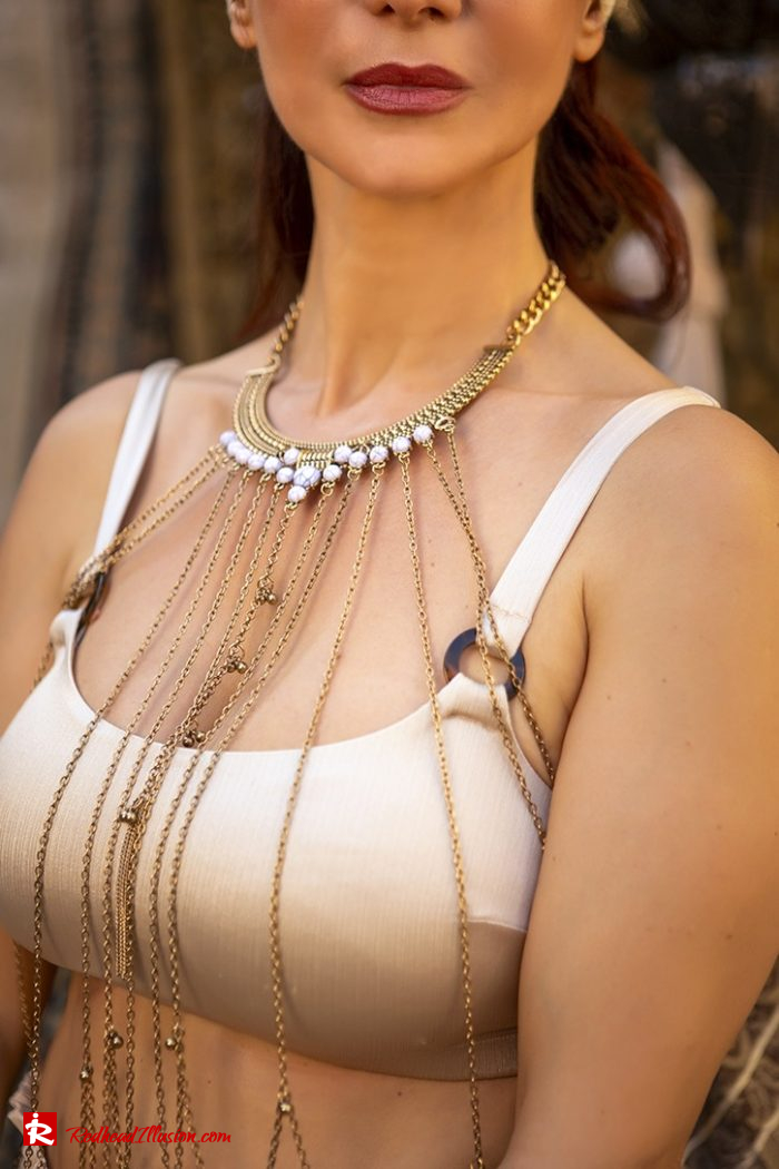 Redhead Illusion - Fashion Blog by Menia - Travel Through Your Style-09