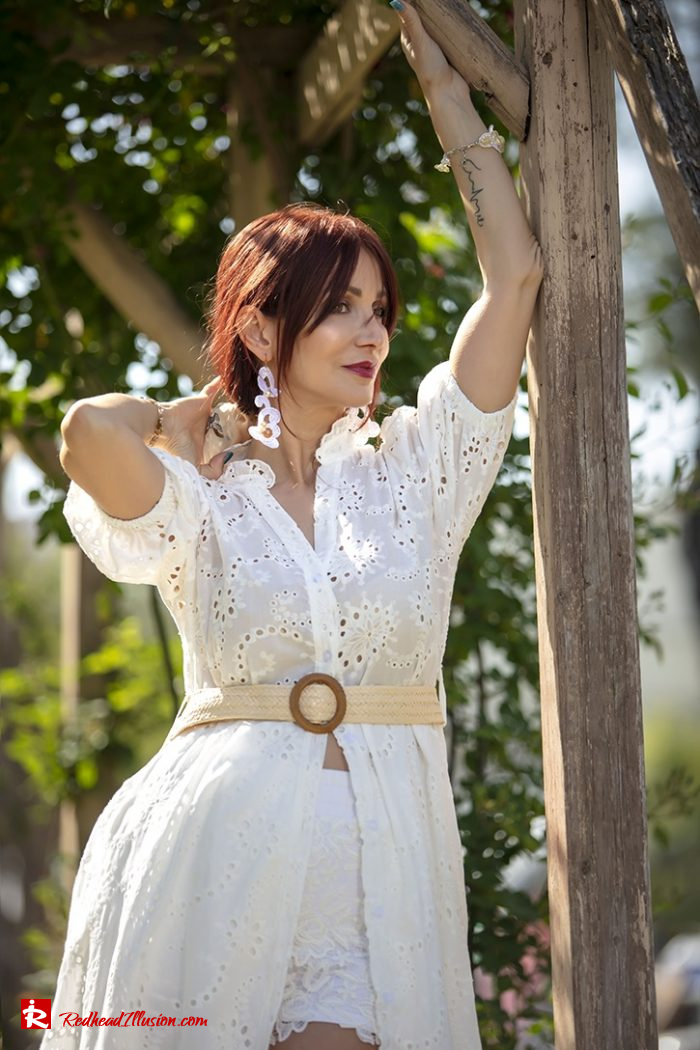 Redhead Illusion - Fashion Blog by Menia - White Lace Dress-06
